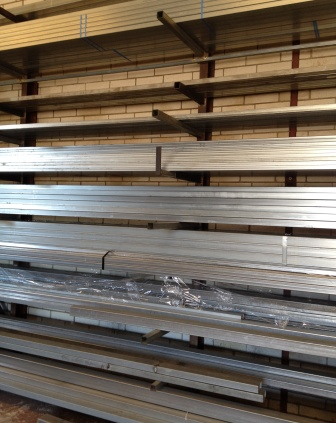 Rectangular RHS pregalvanised and powdercoated steel lengths