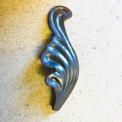 ART136/1L left handed wrought iron leaf