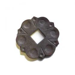 Wrought iron Baluster Shoe - Flower BPFL100