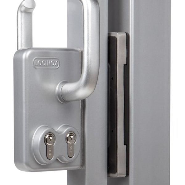 Locinox SSKZ keeper with LLSK lock on gate