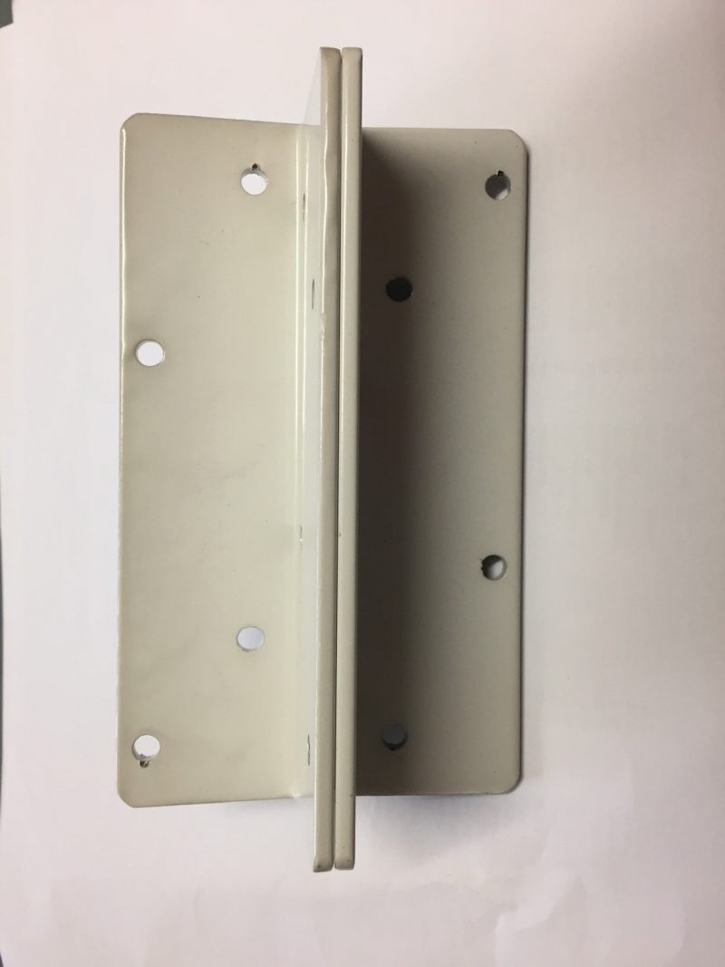 D&D KF3A white hinges side view