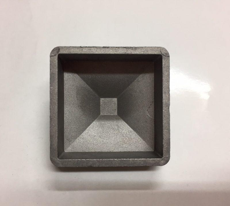 5050APOINT 50x50mm aluminium post cap rear view