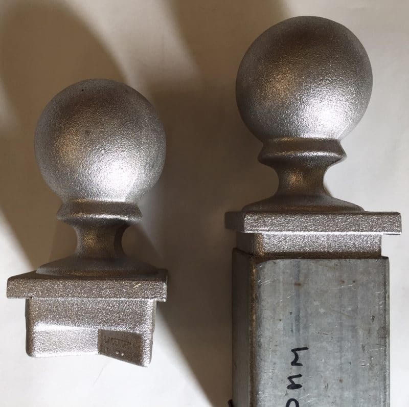 PT50F metal post capital with ball